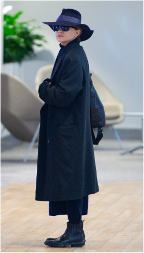 02/17/2019 EXCLUSIVE: Ashley Olsen arrives at JFK airport in a nearly unrecognizable outfit. The 32 year old American fashion designer kept things undercover with a navy hat, long navy blue coat and black boots. sales@theimagedirect.com Please byline:TheImageDirect.com *EXCLUSIVE PLEASE EMAIL sales@theimagedirect.com FOR FEES BEFORE USE